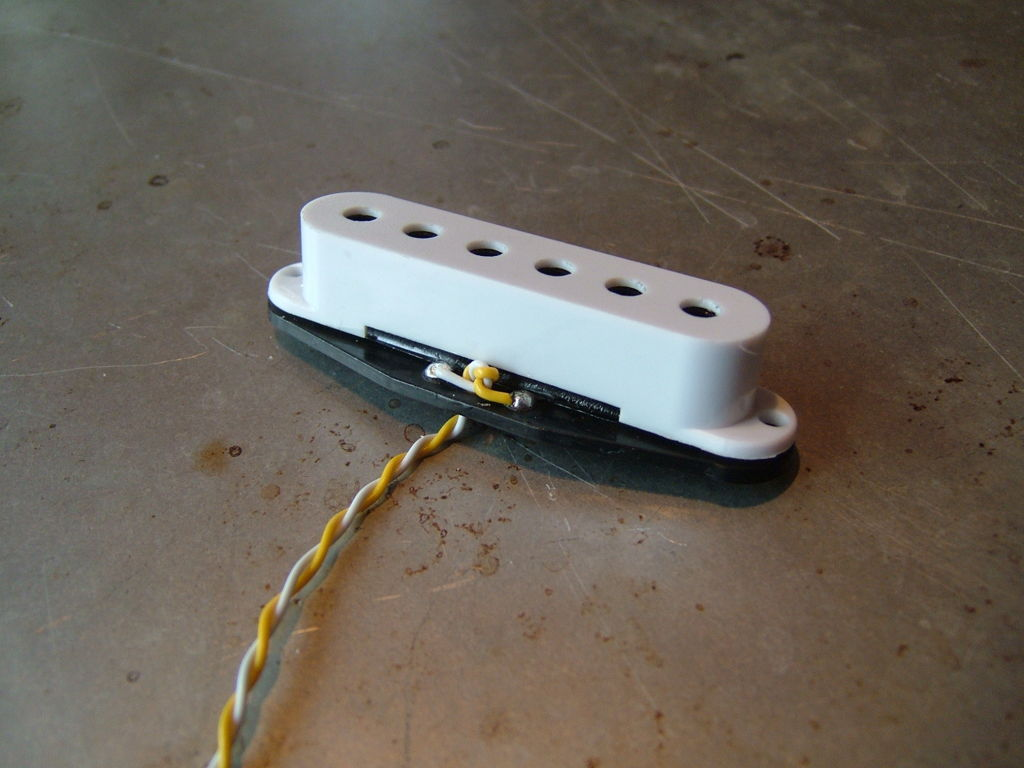 jazz bass dummy coil hum cancelling electric guitar pickups by jazz bass dummy coil